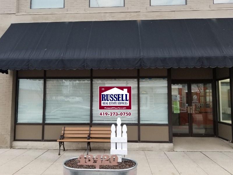 Russell-Window-004